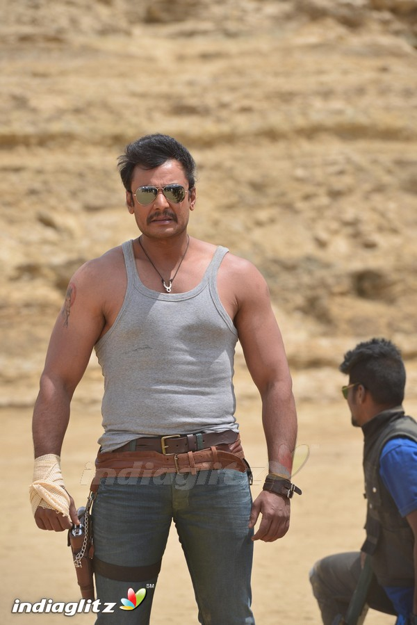 Airavata Photos Kannada Movies Photos Images Gallery Stills