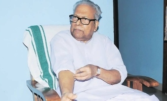 Former Chief Minister VS Achuthanandan takes COVID vaccine at 97