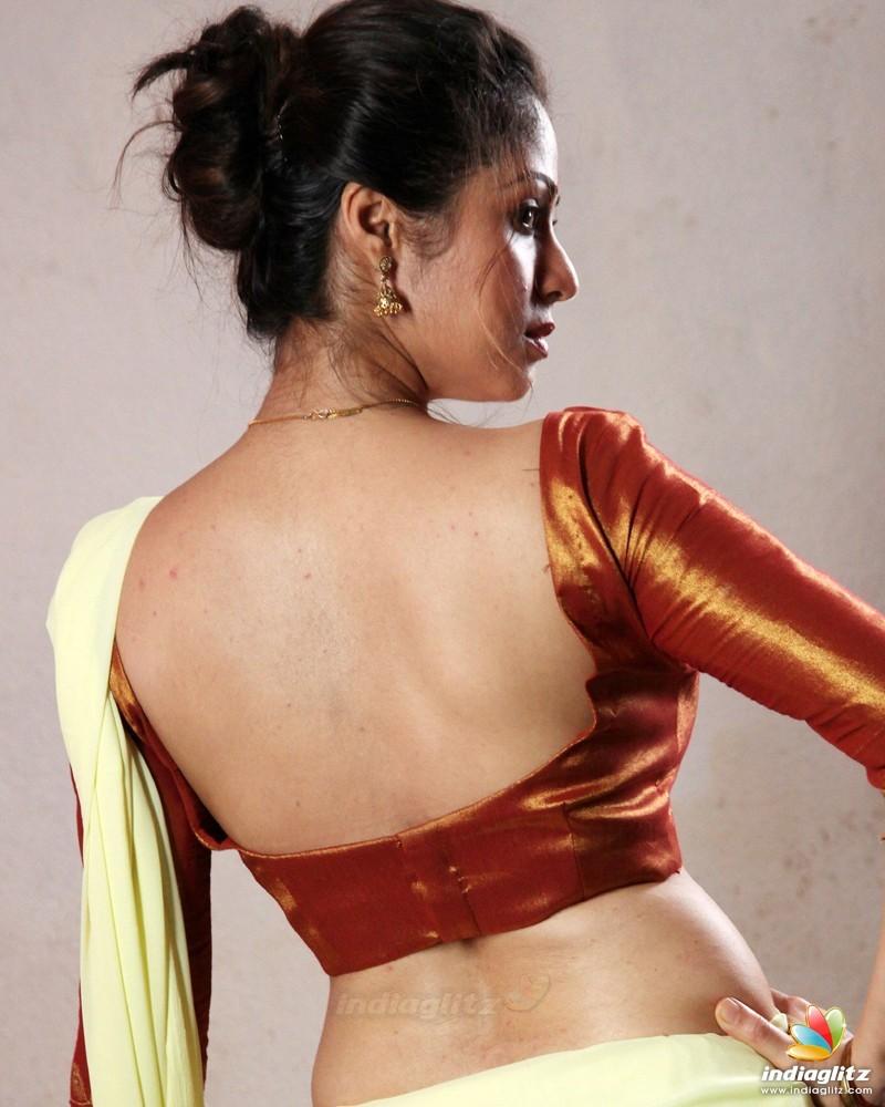 sadha photos - tamil actress photos, images, gallery, stills and