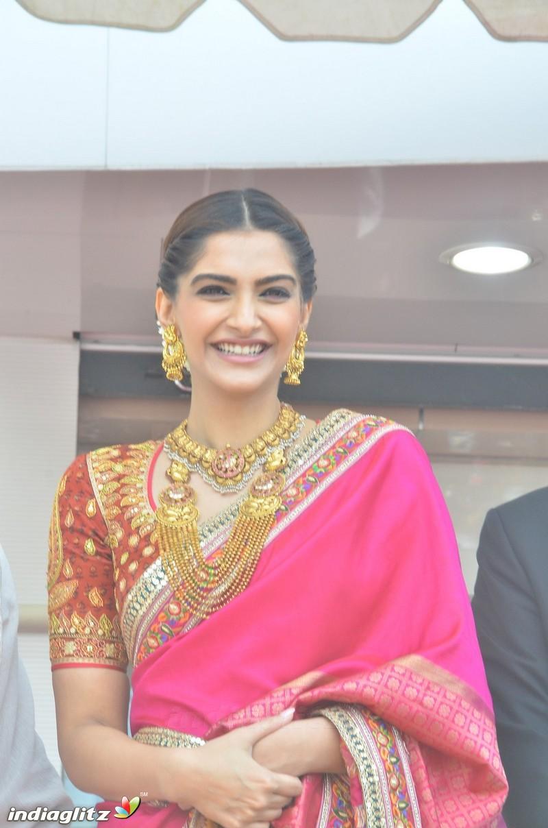 Events - Sonama Kapoor at Kalyan Jewellers Store Launch Movie ...