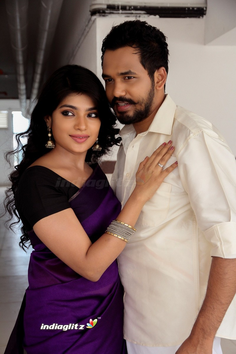 Meesaya Murukku Photos - Tamil Movies photos, images, gallery