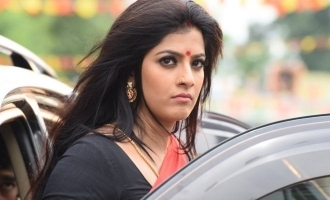 Shut up rascal - Varalakshmi Sarathkumar to young hero