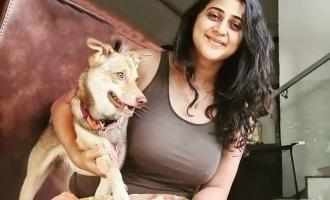 'வரலாறு' நடிகை கனிகாவின் லேட்டஸ்ட் புகைப்படங்கள்: குவியும் லைக்ஸ்