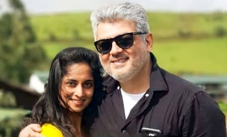 Thala Ajith - Shalini's latest romantic selfie turns viral!