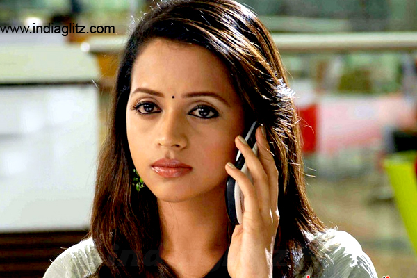 Tamil Actress Bhavana Photos: Shocking! Actress Bhavana Kidnapped And Molested