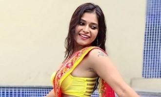 இது நீச்சல்குள நேரம்: 'குக் வித் கோமாளி' தர்ஷா குப்தாவின் லேட்டஸ்ட் புகைப்படங்கள்!