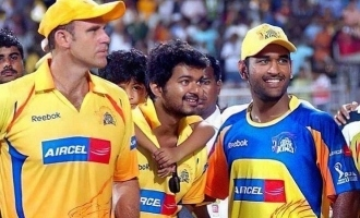 Mathew Hayden shares favorite photo with Thalapathy Vijay to wish M.S. Dhoni