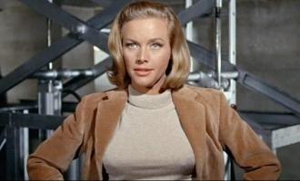 'James Bond' and 'Avengers' actress Honor Blackman passes away