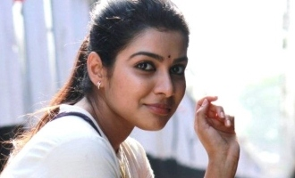 Pichaikaran heroine Satna bags a biggie!