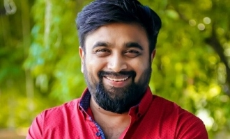 Sasikumar teams up with this acclaimed hit director!