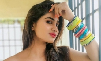 Shivani Narayanan's latest sizzling video before entering 'Bigg Boss 4'