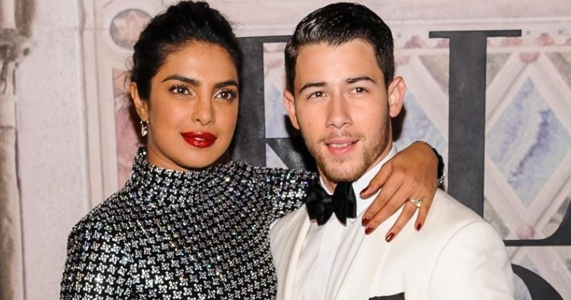 Priyanka Chopra - Nick Jonas wedding photos sold for so many crores? - Tamil Movie News
