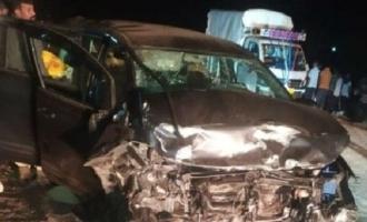 நடிகை-அரசியல்வாதியின் கார் விபத்து: 3 பேர் பரிதாப பலி!