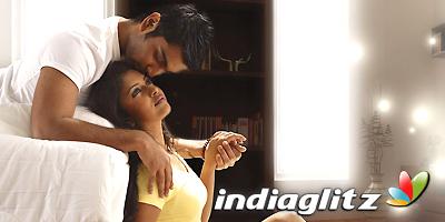 Nirantharam Nee Oohale Music Review
