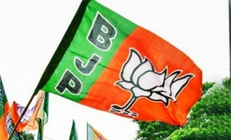 BJP boycotts ABN, Andhra Jyoti for working for TDP
