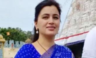 కేసులో ఊరట .. శ్రీవారిని దర్శించుకున్న నవనీత్ కౌర్